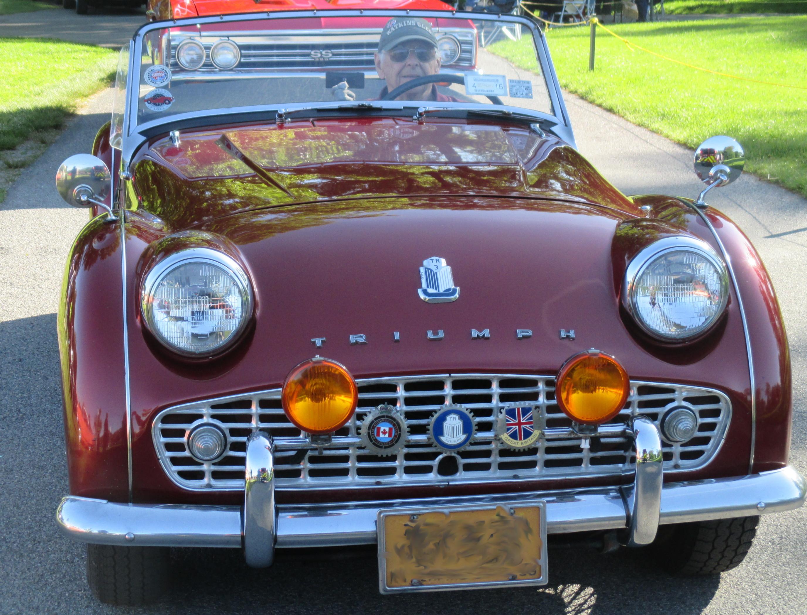 1958-Triumph-front-view