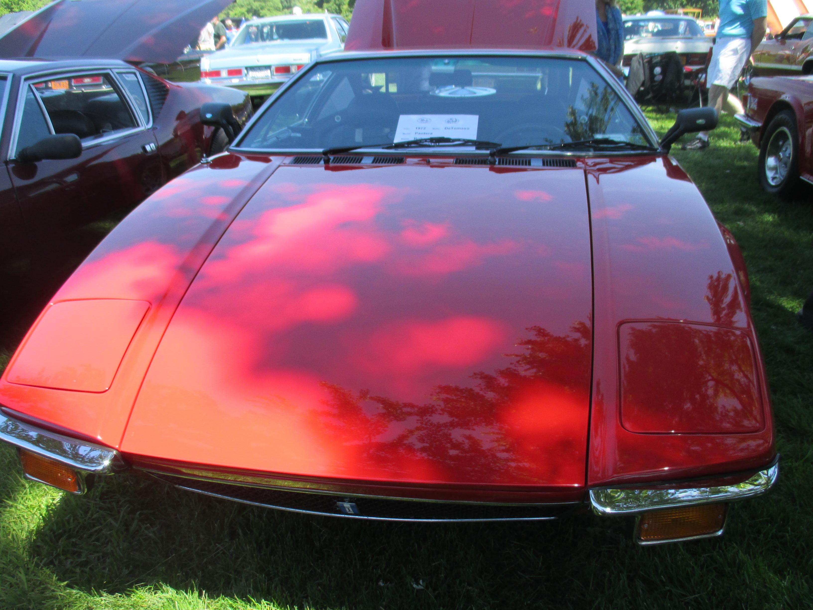 1972-DeTomaso-Pantera-front-view