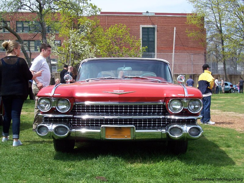 1959-cadillac-frontview