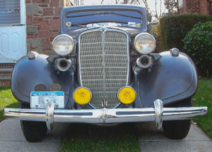 The 1934 Nash Ambassador from the front.
