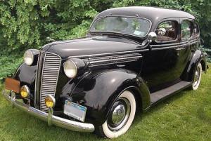 1937-Dodge-D-5-Touring-Sedan-front