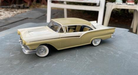 Ford Fairlane 500 Tudor hardtop model